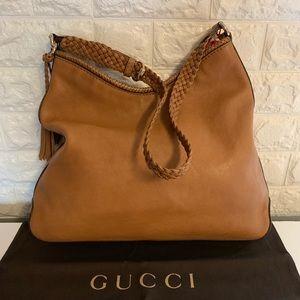 NWOT Authentic Gucci cognac shoulder bag hobo